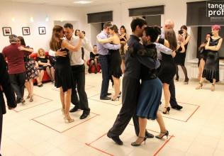 танцуют в танго профи-001