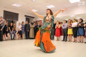 танцуют в танго профи-002